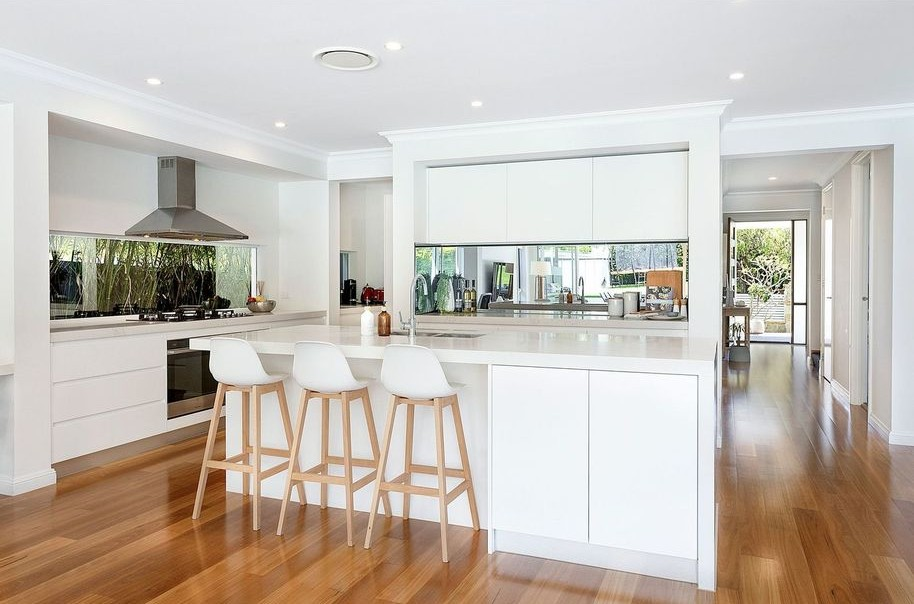 30 Caringbah Road Woolooware Kitchen